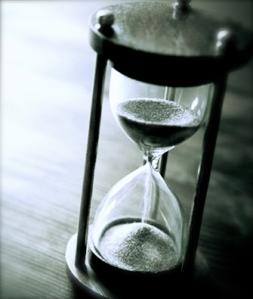 2070527_Hourglass-Clock-Time-Race-Measure-700x450